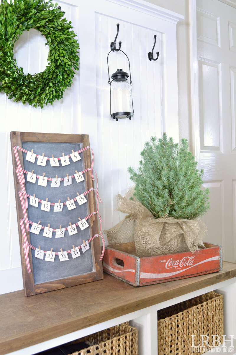 Simple Chalkboard Advent Calendar