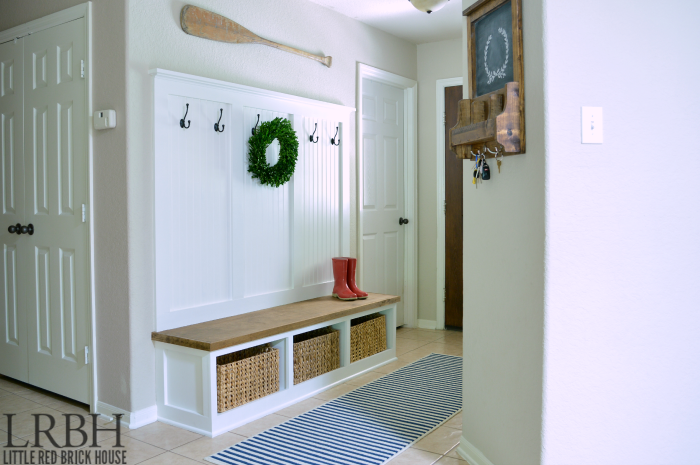 Foyer Mudroom Kenya : Entryway mudroom tutorial little red brick house